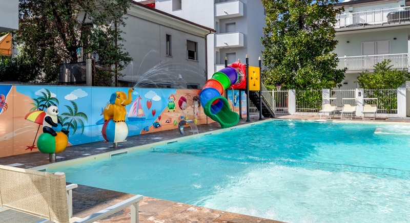 Riccione Residence appartamenti Riviera Adriatica con piscina